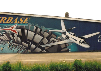Airbase - fresque - aérodrome Belp (BE)